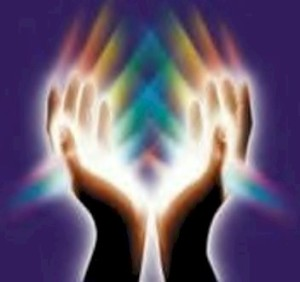 reiki-hands-and-rainbow